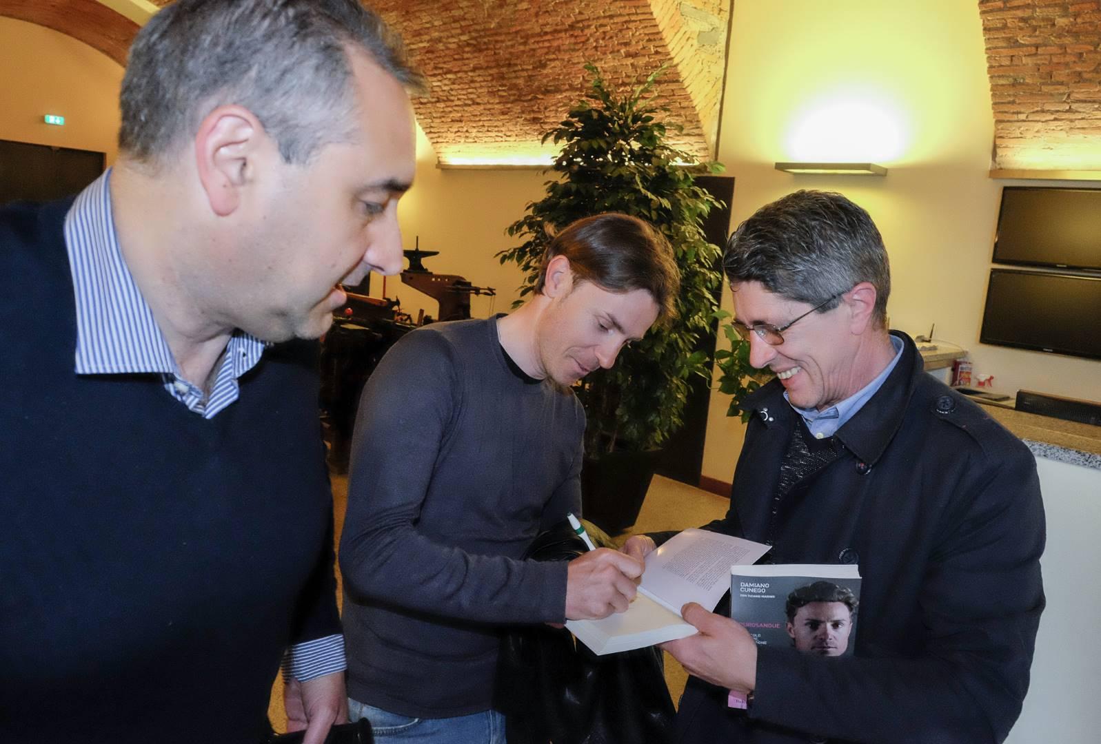 Damiano Cunego autografi